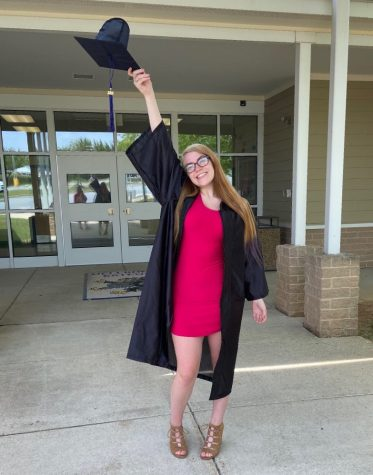 Caitlyn Miller celebrates graduating from Gateway School